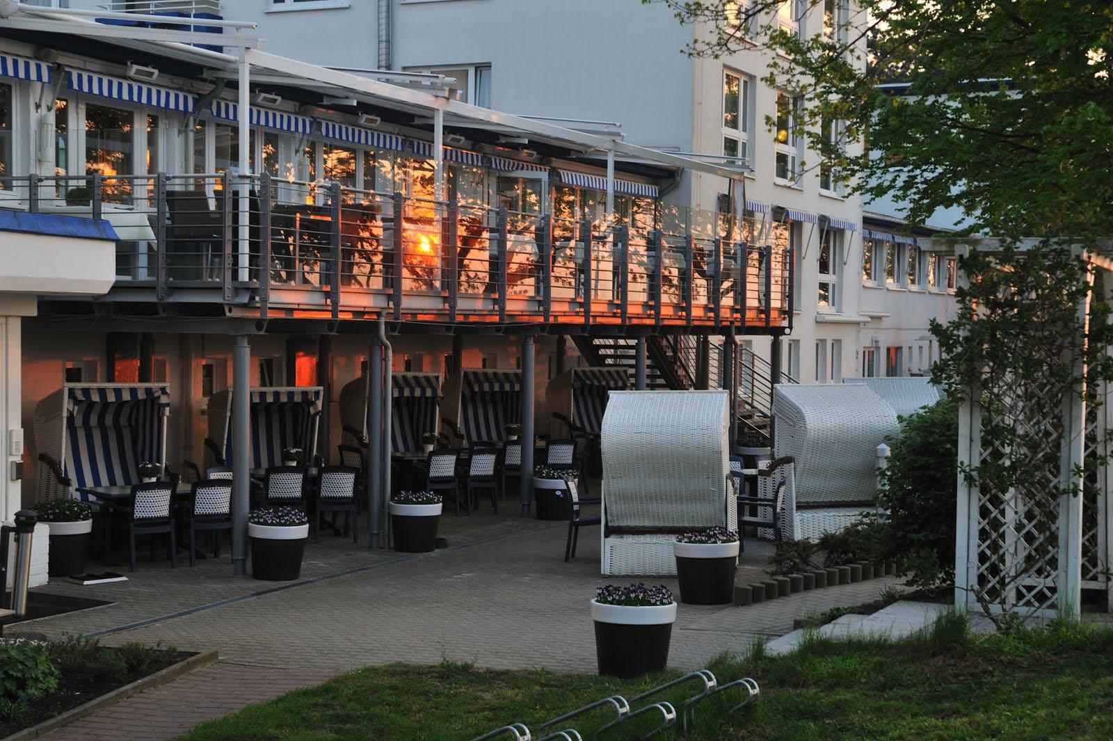 Das Best Western Hanse Hotel Rostock-Warnemünde im SommerFoto: Hotel