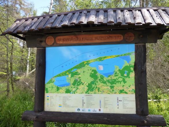 Die Karte erklärt Sehenswertes im Nationalpark ... allerdings nur auf polnisch