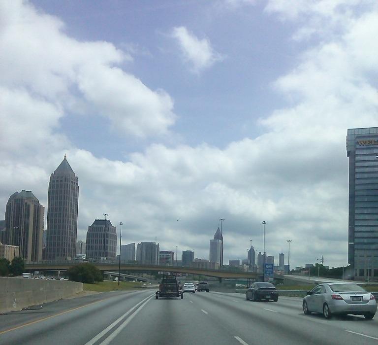 Interstate durch Downtown Atlanta