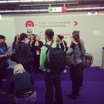 """Langsam findet sich die Gruppe zur """"Buchmesse 2014 - ein Spaziergang in Bildern"""" zusammen"""