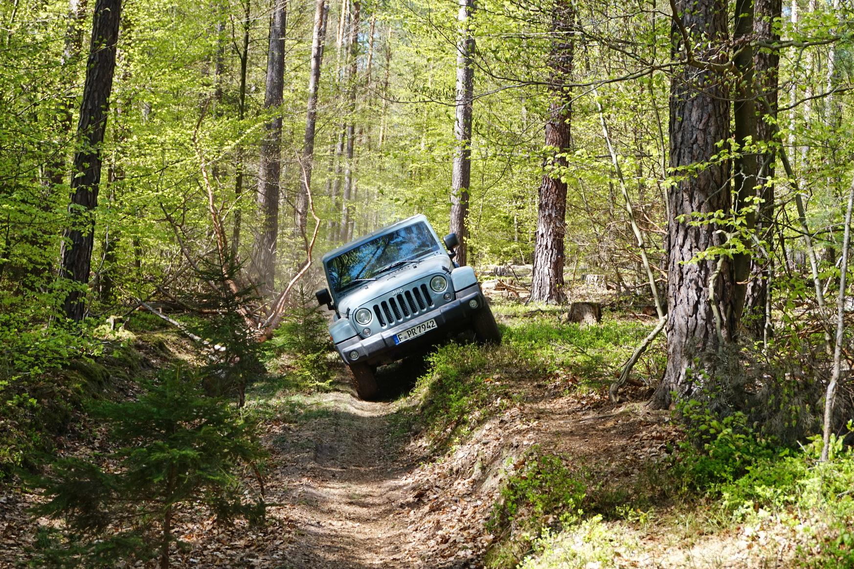 0421 Jeep 27