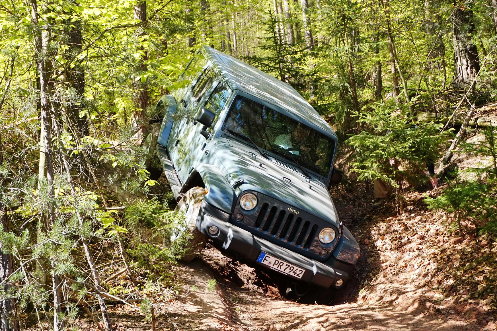 0421 Jeep 31