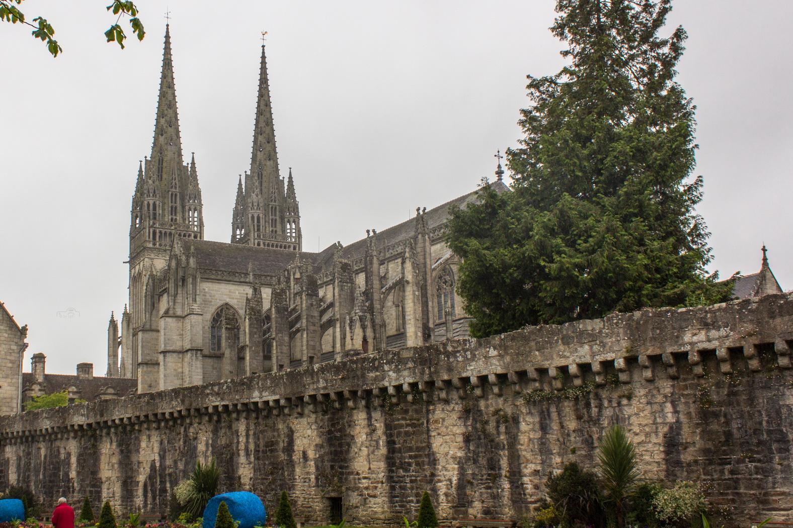 Kathedrale von Qimper in der Bretagne