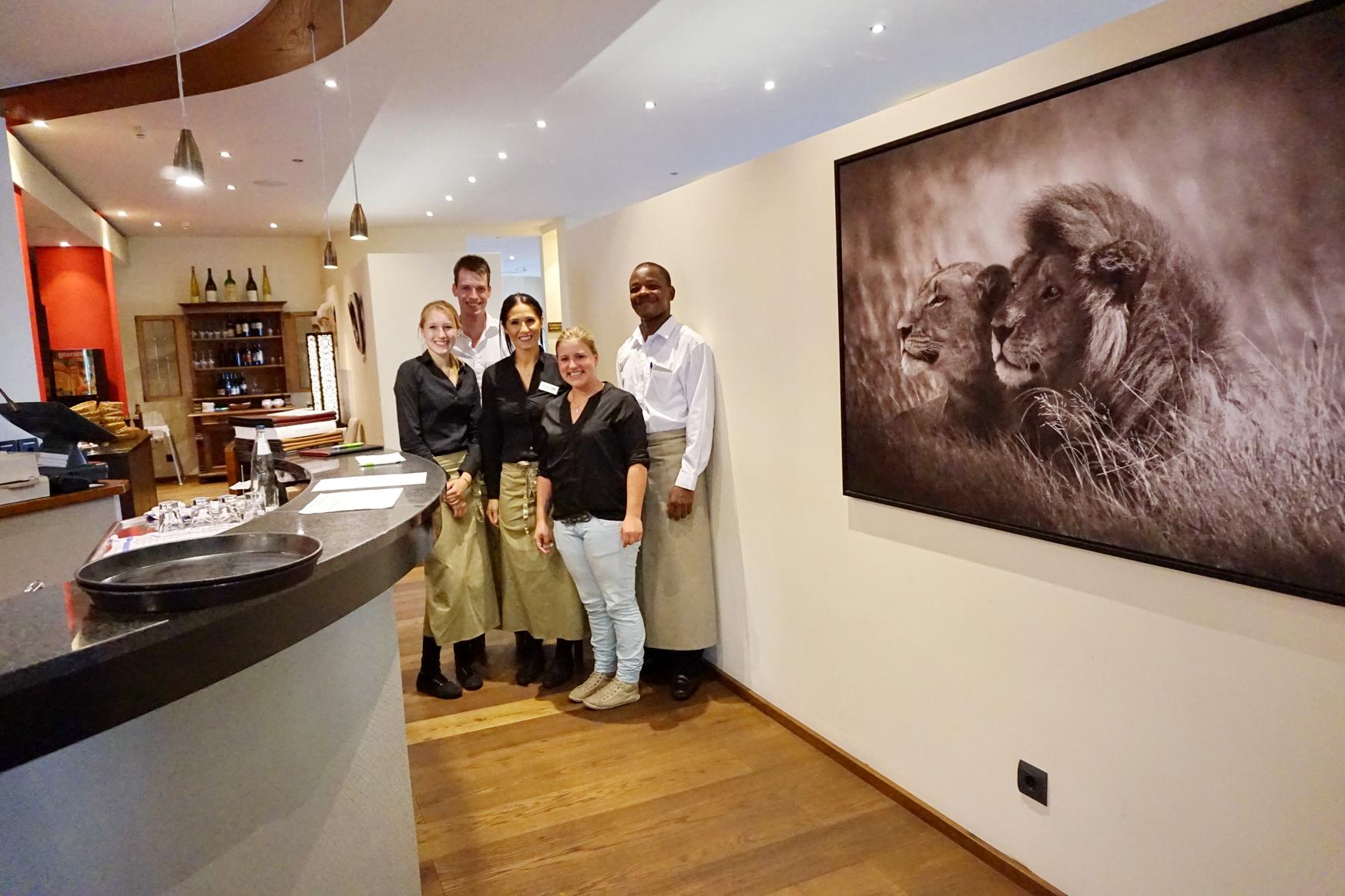 Restaurant-Team im Sunderland Hotel in Sundern im Sauerland