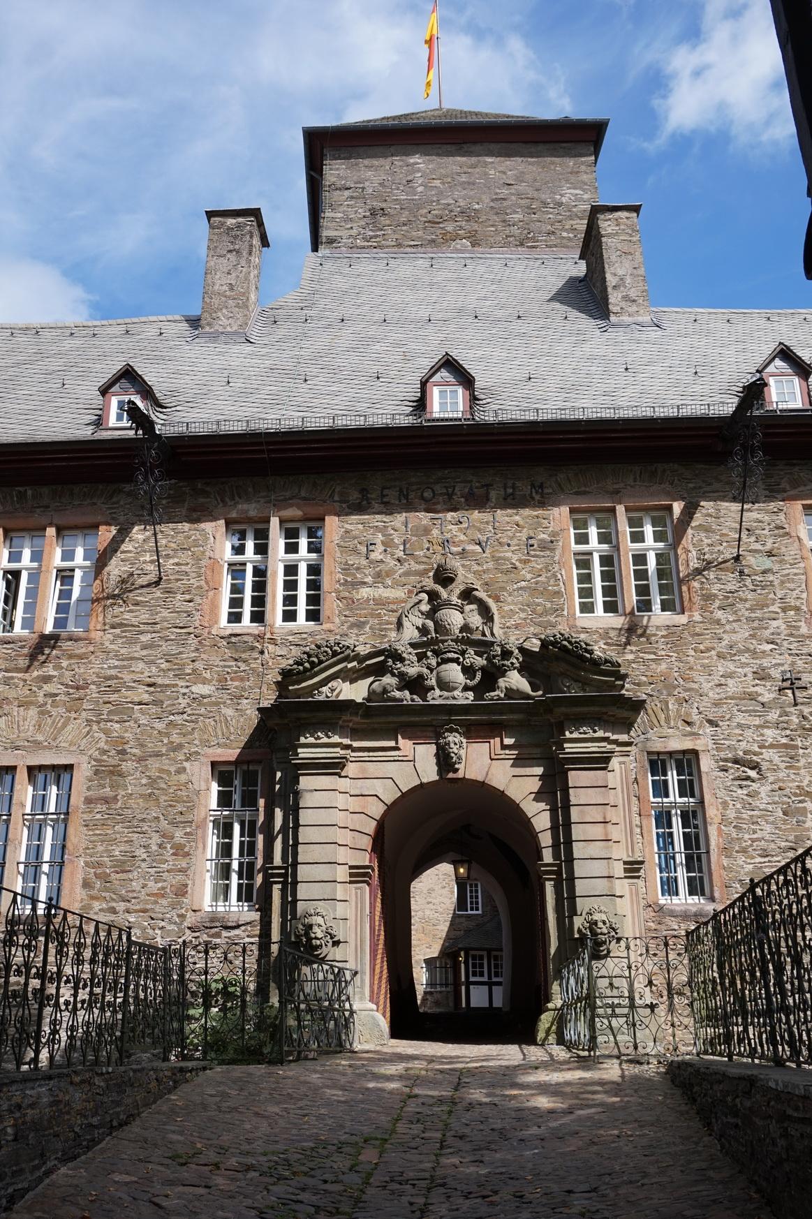 Burg Schnellenberg Attendorn 1