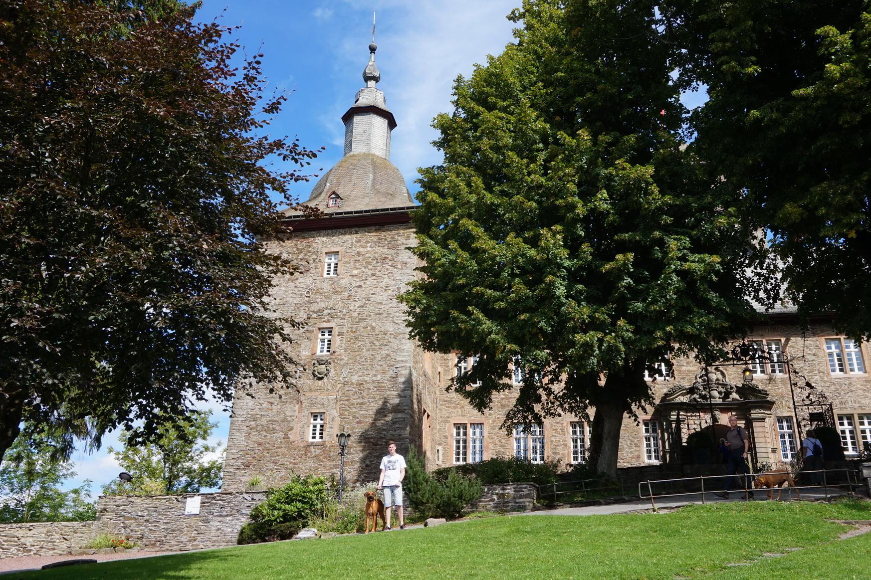 Burg Schnellenberg Attendorn 3