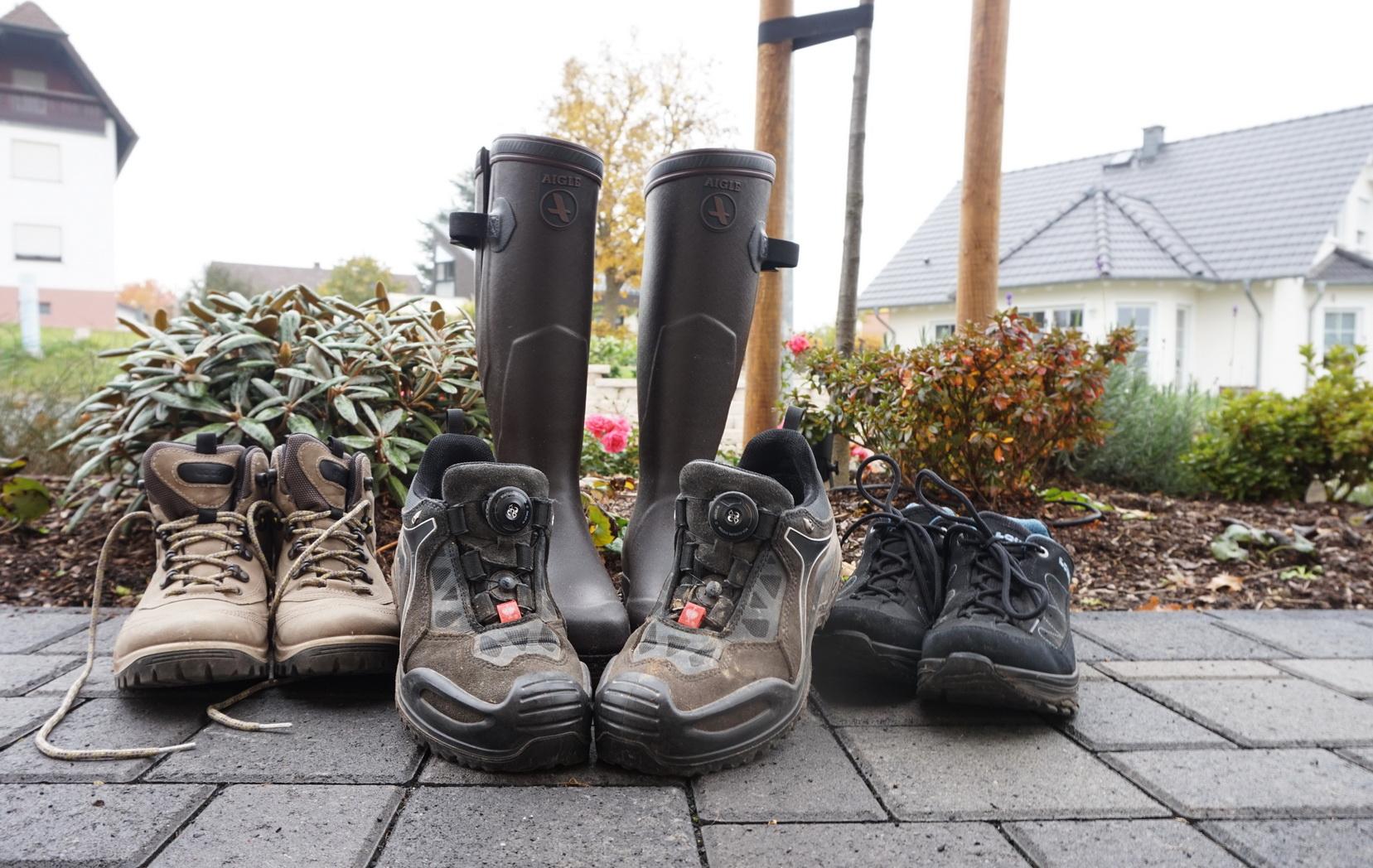 Ob ich wirklich alle Schuhe mitnehme, entscheide ich kurz vor der Abfahrt ...