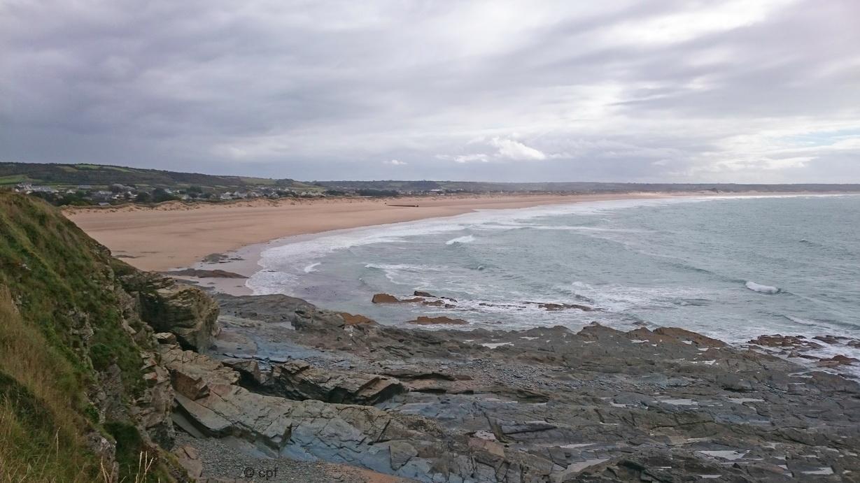 Gemischtes Wetter am Strand von Le Pou