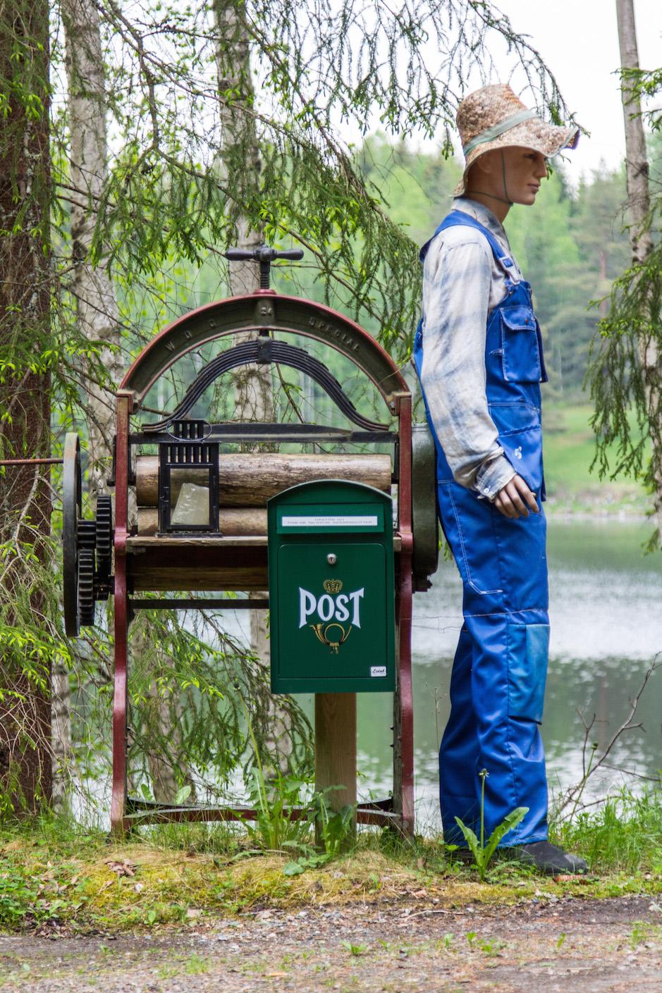 Kreativer Briefkasten im schwedischen Värmland