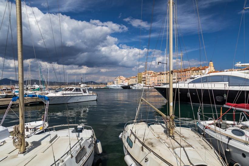 ... der Hafen von Saint-Tropez ...