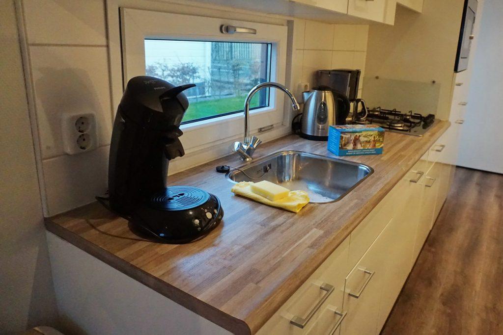 Kaffeemaschine, Toaster - alles vorhanden und funktionstüchtig