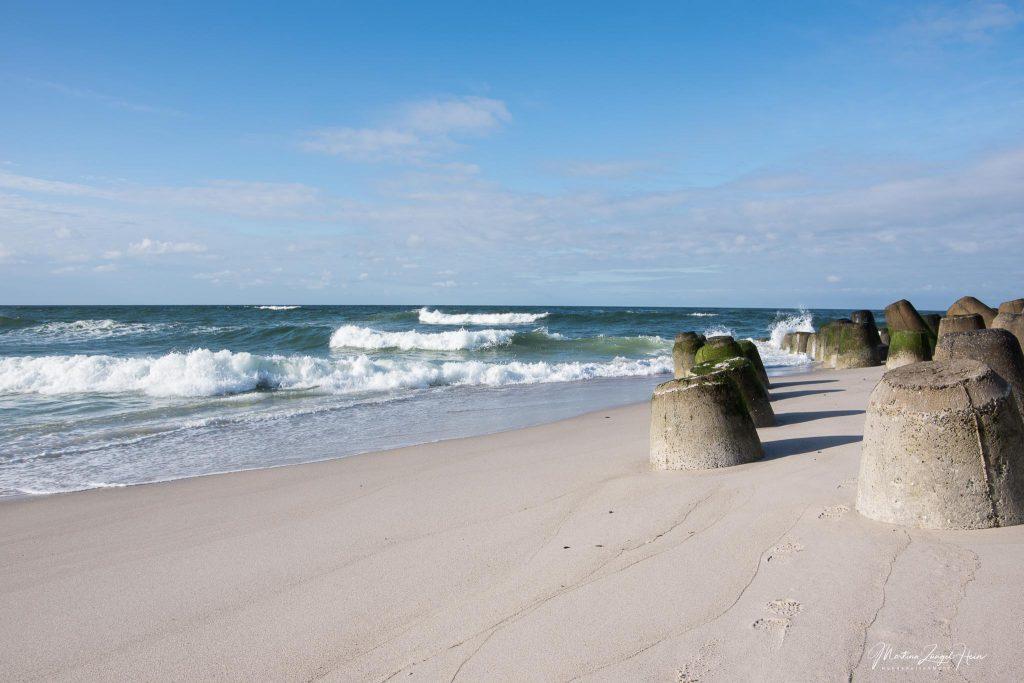 Die Betonklötze sollen die Nordsee ...