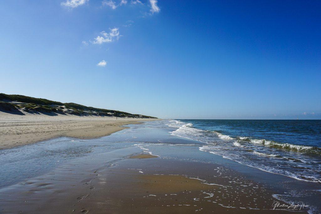 Blauer Himmel, Sonne und das Meer ...