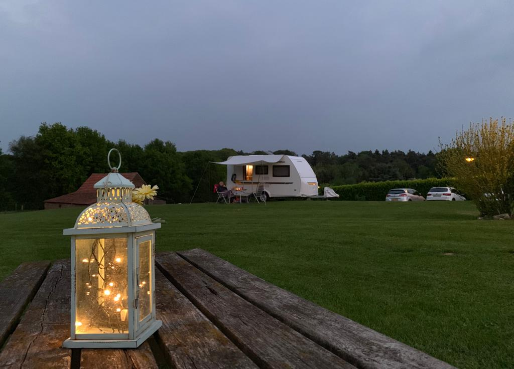 Romantische Stimmung auf dem Campingplatz