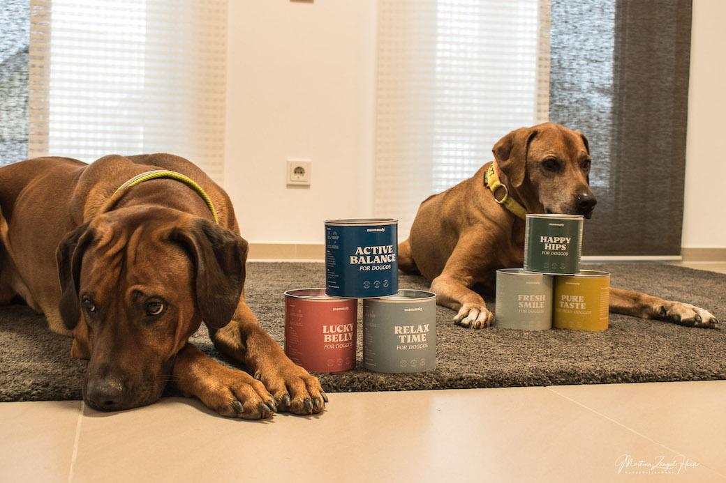 Kleine Hunde dürfen 5 Snacks pro Tag fressen. Dann reicht die Dose für 2 Monate. Bei großen Hunden sieht die Sache schon anders aus.